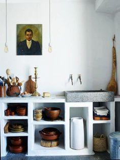 Concrete kitchen storage and sink Elegant Kitchens, Cool Kitchens, Home Interior, Interior Design Kitchen, Rustic Kitchen, Kitchen Decor, Kitchen Ideas, Concrete Kitchen, Kitchen Remodel