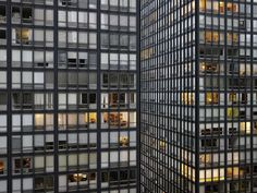 stua:  Mies van der Rohe, Lakeshore Drive apartments, Chicago, 1948-1951.Photography: Micheal Wolf