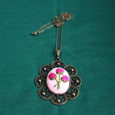 Üçlü ortanca çiçeği nakışlı kolye- embroidery necklace - вышивка колье - Handmade - Cross Stitch - Rococo - рококо - Rokoko - Brazilian embroidery - embroidery - crossstitch - kanaviçe - el işi- brezilya nakışı - вышивка крестиком - вышивка - ручной работы