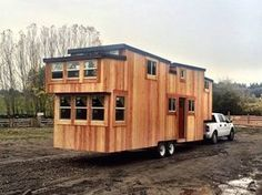 Tiny House with 3 Bedrooms for a Full Family This tiny house comes fully packed with all the bells and whistles of a normal sized house. This is a 3 bedroom tiny house for a full family. Tiny House 3 Bedroom, Tiny House Cabin, Tiny House Plans, Tiny House On Wheels, House Floor Plans, Full House, Tiny House Layout, Tiny House Design, House Layouts