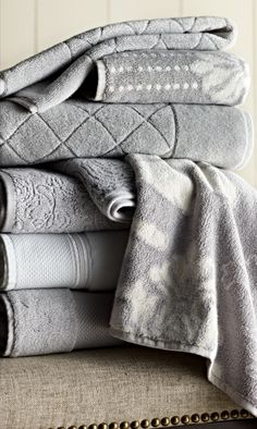 Resort fashion towels... made to fix beautifully.