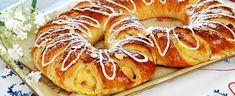 Festkringle - Aperitif.no Ceviche, Bagel, Doughnut, Bread, Baking, Desserts, Food, Store, Brioche