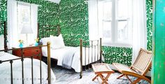We're obsessed with this wallpaper! - SoulCycle Founder Elizabeth Cutler's gorgeous Hamptons Home