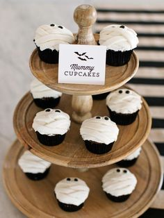 Halloween Treat: Mummy Cupcakes Recipe : Decorating : Home & Garden Television