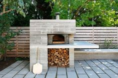 brick pizza oven outdoor Do you fantasize about creating your next culinary masterpiece from the comfort of your own backyard? Here are a handful of inspired outdoor kitchen ide Pizza Oven Outdoor, Outdoor Cooking, Home Pizza Oven, Modern Outdoor Pizza Ovens, Pizza Oven Outside, Brick Oven Outdoor, Modern Outdoor Living, Outdoor Rooms, Outdoor Gardens