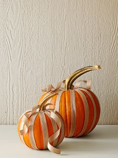 pumpkin decorating with burlap ribbon