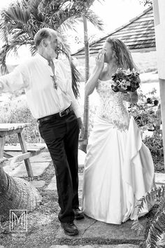 Bride and her Father. Sweet photo by www.mermaidpicturesandprinting.com