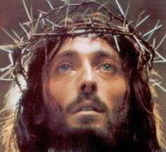 """pictures of jesus   Pictures of Jesus from the two great movies """"Jesus of Nazereth"""" and ..."""