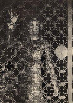 Paula Gellibrand, Marquise de Casa Maury, 1928 © Cecil Beaton