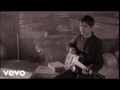 ***Lloyd Cole and the Commotions - Rattlesnakes - YouTube