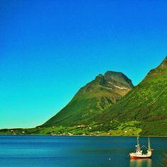 Repost. Love this view. Helgeland, Norway. #gf_scandinavia #norway  - @picsandpaints- #webstagram