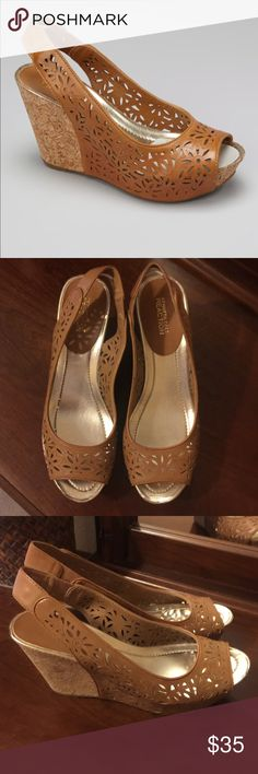 """Kenneth Cole Reaction Wedge Sandal Adorable maple colored lace style cork wedge. Man made upper and sole. Like new condition. Very comfortable. 4"""" heel 1"""" platform. Nonsmoking **** Kenneth Cole Reaction Shoes Wedges"""