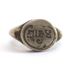 A Bronze Ring with Sri Inscription, Central Java 9th Century www.ollemans.com SOLD