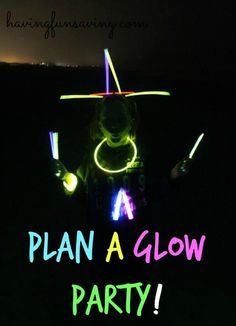 Plan A Glow Party - Frugal Family Fun! We just had the most amazing Glow Party EVER! Augustine and we walked down to the beach just after s Fun Crafts To Do, Easy Diy Crafts, Diy Crafts For Kids, Rainy Day Activities, Orlando Activities, Glow Necklaces, Frugal Family, Let The Fun Begin, Glow Party