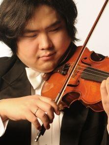 Violinist Yosuke Kawasaki wins appeal against $120,000 border fine