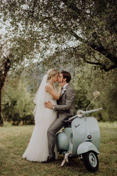 Vespa Wedding, Motorcycle Wedding, God Centered Relationship, Me And Bae, Motorcycle Photography, Event Styling, Couple Shoot, Love Story, Real Weddings