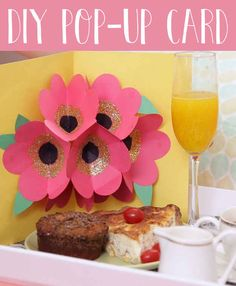 Surprise Your Mom This Mother's Day With This Insanely Cool Pop-Up Card The Mother's Day card to end all Mother's Day cards. Pop Up Flower Cards, Pop Up Flowers, Paper Flowers Diy, Pop Up Cards, Handmade Flowers, Diy Paper, Handmade Crafts, Paper Crafting, Kids Crafts