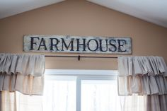 DIY Farmhouse sign. Check out the blog to see how to make one yourself. (Diy Curtains Farmhouse)