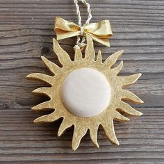 Its all about the Gold and Sun this week in Choralis! Made from massive wood, handgilded and completed with stunning ribbons in gold shades. Perfect gift for all women in your life Luxury Gifts, Clear Crystal, Wood Art, Ribbons, Gift Wrapping, Shades, Decorations, Sun, Gold