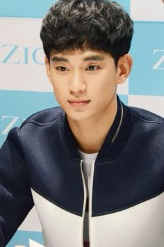 150403 KimSooHyun at ZIOZIA Fansign event