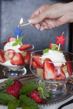 *Featured Blogger Recipe* via @Yvette & Veronica Muy Bueno: Bourbon Mint Julep Strawberry Shortcake with Mascarpone Topping #CAStrawberryShortcakes