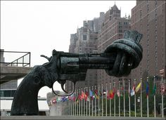 The Knotted Gun (United Nations Headquarters, New York, USA)