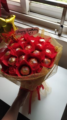 Ferrero rocher bouquet gifts for him gifts for her gifts for boyfriend Chocolate Flowers Bouquet, Red Rose Bouquet, Small Bouquet, Diy Bouquet, Candy Bouquet, Balloon Bouquet, Bridesmaid Bouquet, Ranunculus Bouquet, Bouquet Wedding