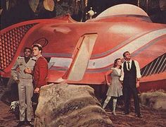 Land of the Giants - (Terra de Gigantes). A fantastic series of the , created by Irwin Allen. Was on the air since 68 to Photo Vintage, Vintage Tv, Irwin Allen, Vintage Television, Classic Sci Fi, Sci Fi Tv, Aliens And Ufos, Old Tv Shows, My Childhood Memories