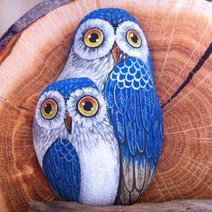 Baykusu owls rock painting designs, stone painting и pebble Rock Painting Ideas Easy, Rock Painting Designs, Paint Designs, Pebble Painting, Pebble Art, Stone Painting, Painting Art, Stone Crafts, Rock Crafts