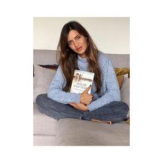 Ya lo tengo @david_cantero_informativos ! Gracias por enviarme a Oporto tu último libro. Deseando empezar a leer #Eldestinoeraesto ¡Felicidades compañero! #pelosypintasdedomingolluvioso #agustito  #tocacortedepeloya #estehombrepintaescribepresenta #todolohacebien