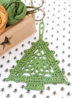 Crochet Christmas Tree Ornament free pattern, Anabelia Craft Design, DIY and Crafts, Crochet Christmas Tree Ornament free pattern, Anabelia Craft Design. Crochet Tree, Christmas Tree Pattern, Christmas Crochet Patterns, Crochet Christmas Ornaments, Crochet Stars, Crochet Snowflakes, Holiday Crochet, Snowflake Pattern, Crochet Motif