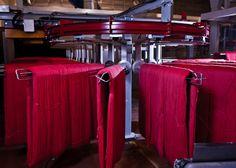 Alt håndstrikkegarn farges på hespler #fabrikk #sandnesgarn Fashion, Moda, Fashion Styles, Fashion Illustrations