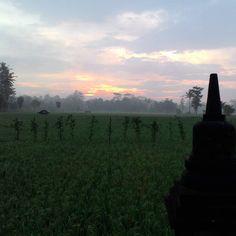 """WANUREJO"" magel org di Instagram ""#Latepost . Sebelum ada Balkondes,,2015 . #Dusun_Wanurejo #Borobudur #Magelang #Jawa_Tengah ...🙏🙏🙏..."" Borobudur, Mountains, Nature, Travel, Instagram, Naturaleza, Viajes, Destinations, Traveling"