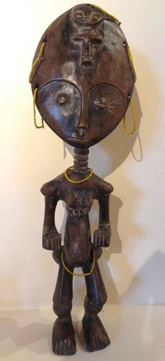 Akuaba Ashanti fertility doll from Ghana 1