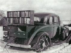 Bookmobile, 1933/1936, Île-du-Prince-Édouard, Canada; Carnegie Public Library