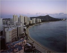 A scene of Waikiki Beach Landscape, Hawaii Honolulu….@