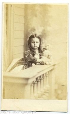BOSTON-CIRCA-1862-CIVIL-WAR-ERA-GIRL-WITH-DOLL-CDV-BY-WHIPPLE