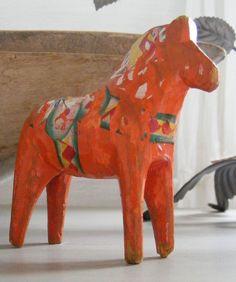 Old Dalarna horse