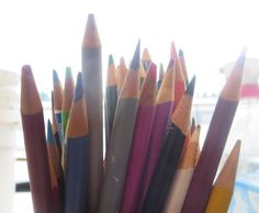 """2.14  Array of Colored Pencils  Tutorial with good instruction and pictures   NOTE:  Look into a """"blending"""" pencil."""