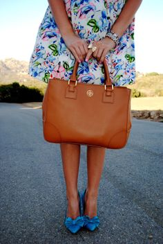 A Darling Dream. tory burch tote bag. bow pumps. floral dress