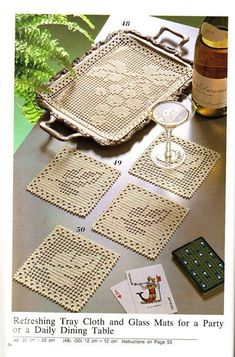 Filet Crochet tray mat and coasters - Grapes and Grape Leaves. Filet Crochet, Crochet Doily Patterns, Crochet Squares, Crochet Chart, Thread Crochet, Crochet Designs, Crochet Doilies, Crochet Flowers, Granny Squares