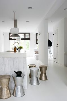 INSPIRATION: White Interiors