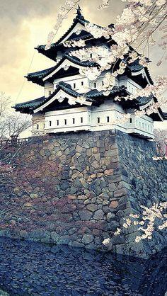 city_sakura_japan_spring_84467_640x1136 by vadaka1986, via Flickr
