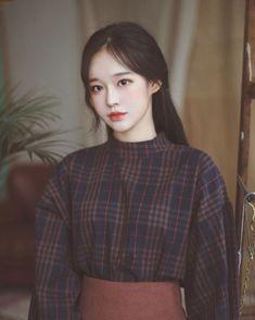 Women S Fashion Designer Labels Product Cute Korean Fashion, Korean Fashion Trends, Asian Fashion, Fashion Tips, Fashion Websites, Ulzzang Korean Girl, Fashion Designer, Asian Girl, Yves Saint Laurent
