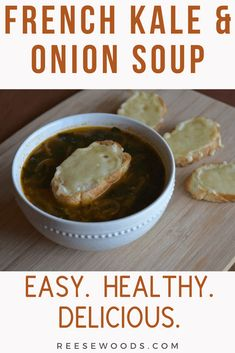 Bone Broth French Onion Soup - Reese Woods Fitness Autumn Recipes Vegetarian, Healthy Soup Recipes, Fall Recipes, Healthy Snacks, Beef Broth Soup Recipes, Onion Soup Recipes, French Onion Soup Ingredients, Classic French Onion Soup, Healthy Comfort Food