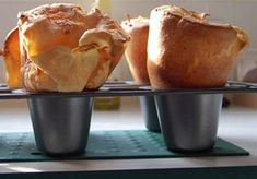 2 WW SP each if made with unsweetened cashew milk. What is a popover and why are Americans so fascinated with them? Many friends and I drool over the thought of a hot popover, fresh from the oven, slathered with. Yorkshire Pudding Recipes, Popover Recipe, Apple Fritter Bread, Pancakes And Waffles, Seafood Restaurant, Dinner Rolls, Baking Recipes, Bread Recipes, Brunch