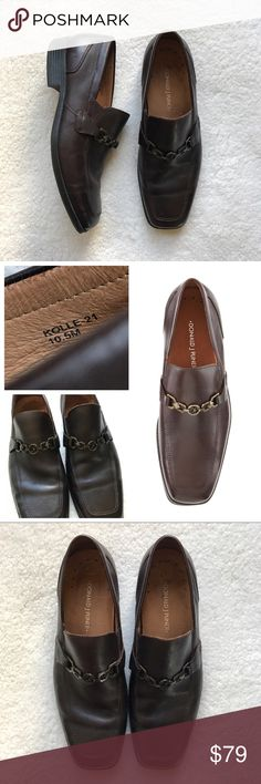 Donald J Pliner Kolle Leather Espresso Loafer 10.5 Donald J Pliner Kolle Logo Bit Leather Espresso Loafer 10.5   Donald J. Pliner Men's Kolle-21 Slip-On Loafer. These loafers feature a leather upper, rubber sole, hardware detail at the vamp, a square toe, and a slip on design.  * Leather Upper * Rubber Sole * Hardware Details at Vamp * Square Toe * Slip On  Size - 10.5  Color - Espresso  Overall nice condition, light wear and a few light scuffs. Donald J. Pliner Shoes Loafers & Slip-Ons