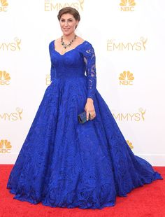 Mayim Bialik hits the Emmys in Oliver Tolentino!