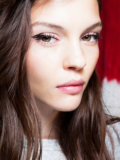 The RIGHT Way to Apply Eyeliner for Your Eye Shape