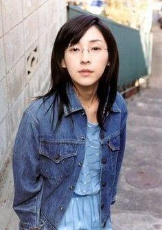 麻生久美子の眼鏡っ娘